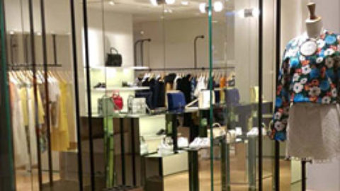 Oluce lights up the Carven boutique in Hong Kong
