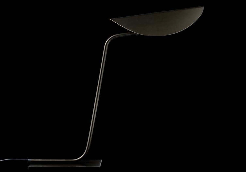 Plume - 221, designer Christophe Pillet