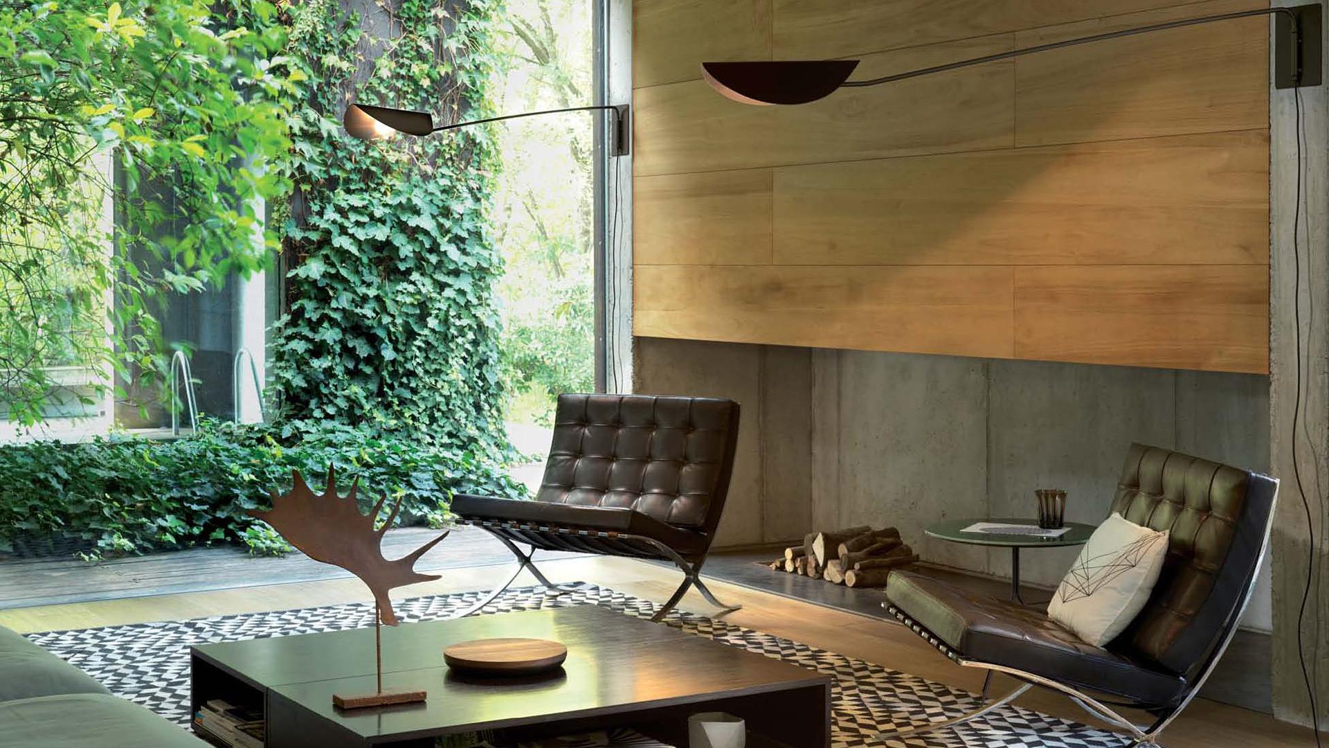 Plume - 159, designer Christophe Pillet