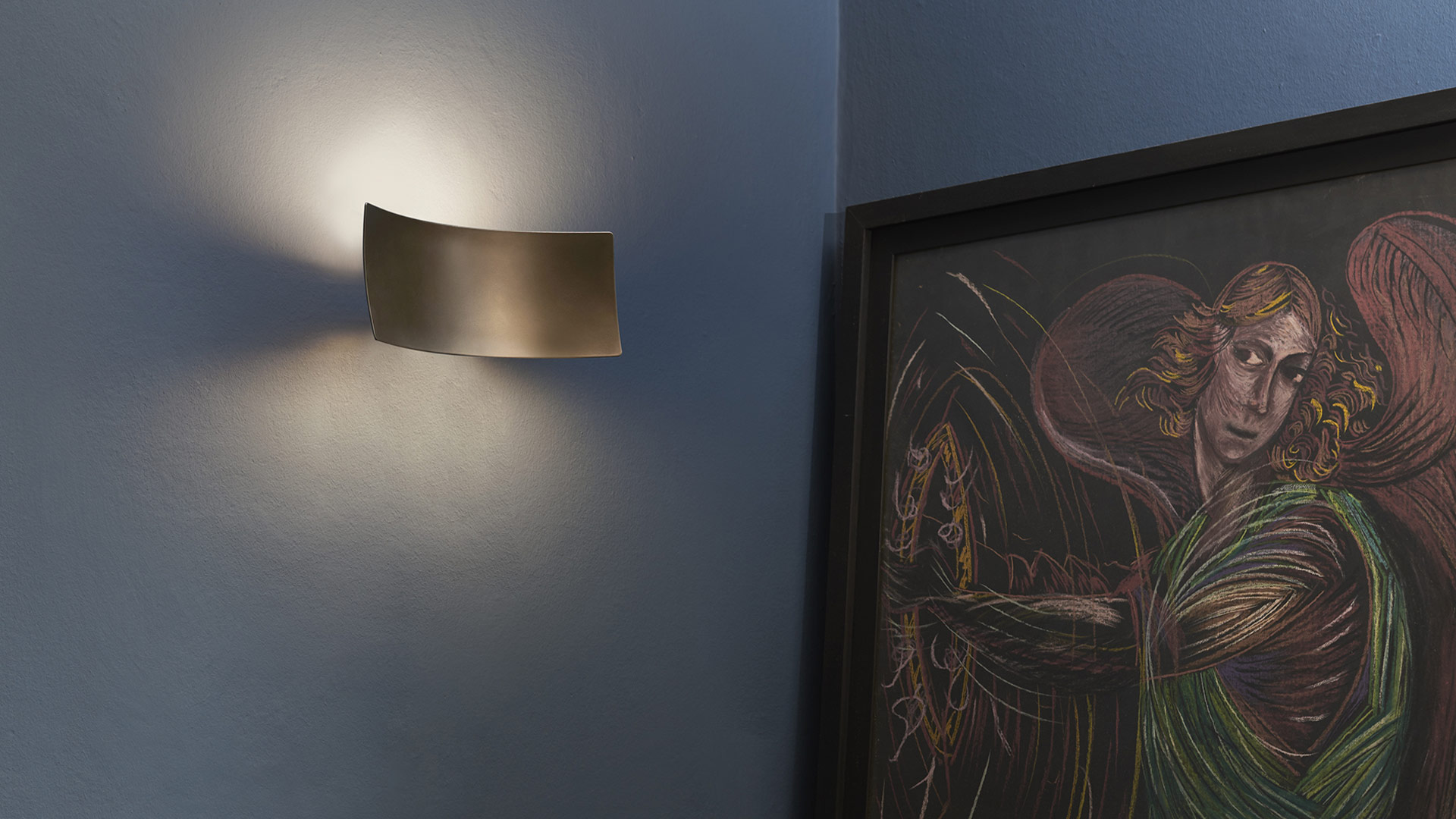 Lampade da parete, installazioni di luce